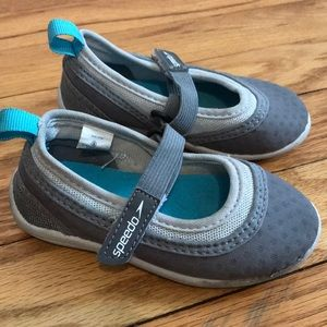 Size small speedo water shoes